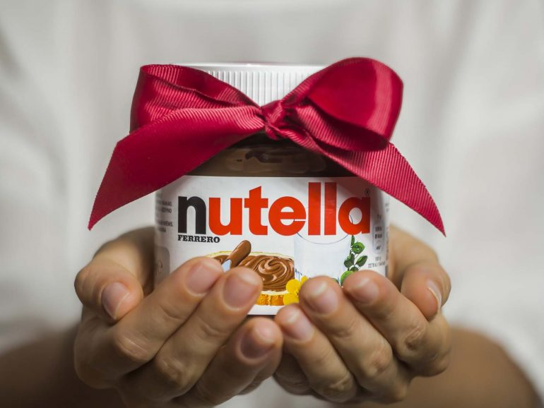 World Nutella Day: ricetta per torta alla Nutella con due ingredienti!